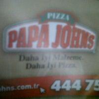Foto tomada en Papa John's Pizza por Bar?s K. el 1/5/2014