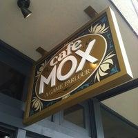 Foto scattata a Cafe Mox da Lore S. il 4/28/2012