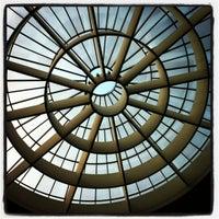 Снимок сделан в Pinakothek der Moderne пользователем Gries C. 5/17/2012