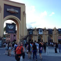 Photo taken at Universal's Halloween Horror Nights 23 by Joseph B. on 9/20/2013
