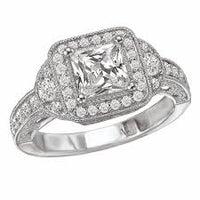 Photo taken at Arwood's Custom Jewelry by Arwood's Custom Jewelry on 12/4/2014