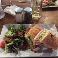 Photo taken at Freshko Gourmet by Alberto C. on 11/6/2016