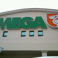 Photo taken at Mega Comercial Mexicana by Diane L. on 7/18/2013