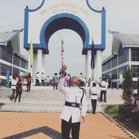 Photo taken at Pusat Latihan Polis Diraja Malaysia (PULAPOL) Kuching by Scha on 6/3/2016