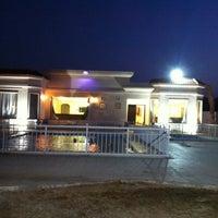 Photo taken at استراحة ذات النخيل by Abdullah A. on 9/27/2013