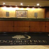 Photo taken at DoubleTree by Hilton Hotel Cleveland - Independence by Glen W. on 4/1/2013