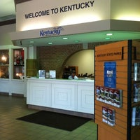 Photo taken at Kentucky Welcome Center / Rest Area by Eric J. on 8/22/2013