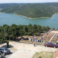 Das Foto wurde bei Alibeyköy Barajı von Serhat am 7/7/2013 aufgenommen
