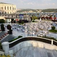 7/29/2013 tarihinde sıradışı s.ziyaretçi tarafından Four Seasons Hotel Bosphorus'de çekilen fotoğraf