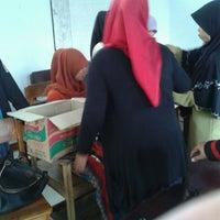 Photo taken at Universitas Negeri Makassar by ChieyaThamrin R. on 12/22/2013