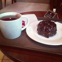 Photo taken at Starbucks- Marinamall by Sherif Al-Awadhi on 9/13/2013
