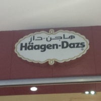 Photo taken at Häagen-Dazs by Mohammad N. on 6/21/2013