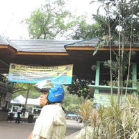 Photo taken at Ragunan Zoo Parking Area by Adi S. on 9/29/2012