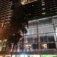 Photo taken at Amara Singapore Hotel by Lee K S 李. on 2/7/2013