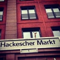 Das Foto wurde bei Hackescher Markt von Jürgen F. am 5/22/2013 aufgenommen