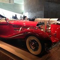 Das Foto wurde bei Mercedes-Benz Museum von Kyoung Bong K. am 3/3/2013 aufgenommen