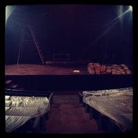 Photo taken at Teatro Vivian Blumenthal by Claudia FO! on 11/26/2012