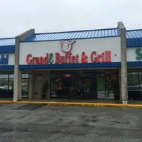 Photo taken at Grande Buffet & Grill by Oliver G. on 6/15/2014
