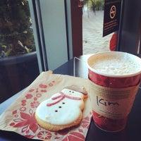 Photo taken at Starbucks by SulA K. on 12/23/2013