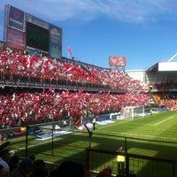 Foto tomada en Estadio Nemesio Diez por Poncho F. el 11/25/2012