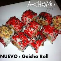 Foto tirada no(a) Akikomo Sushi por Akikomo Sushi em 9/16/2013