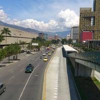 Photo taken at Metroplús - Estación Plaza Mayor by Jairo Alonso S. on 11/22/2013