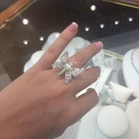 Photo taken at Matthew's Jewelers by Rosalinda M. on 6/20/2014