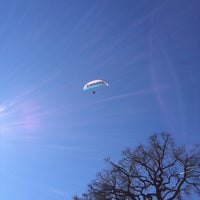 Photo taken at ESCAPE PARAGLIDING LANDING OFFICE by Marion on 10/4/2014