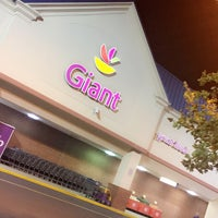 Photo taken at Giant Food by Ashwaq H. on 8/26/2017