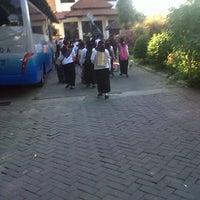 Photo taken at Universitas Muhammadiyah Sidoarjo by Azzlia H. P. on 9/13/2013