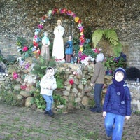 Photo taken at Gruta Nossa Senhora da Salette by Evelise B. on 7/18/2013