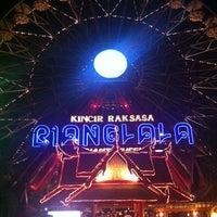 Foto diambil di Wahana Kincir Raksasa Bianglala (Giant Wheel) oleh A. Andhy K. pada 5/3/2014