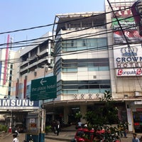 Photo taken at Glodok Plaza by A. Andhy K. on 11/2/2013