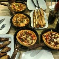 Photo taken at Pizza Hut by Rizky Muliana P. on 8/16/2013