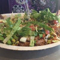 Photo taken at Chipotle Mexican Grill by Yvonne E. on 3/8/2013