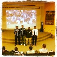 Foto tomada en Dal Ward Athletic Center por Ashour P. el 2/17/2014