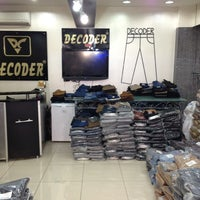 Photo taken at Decoder Jeans Merter by Fatih M. on 7/18/2013