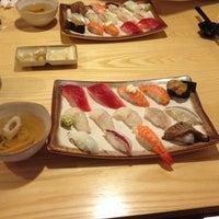 Photo taken at 가네미초밥 by Jiyup K. on 1/26/2014