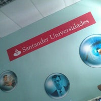Photo taken at Sala Universia - Anexo Biblioteca / UTA by Lan Ch. T. on 9/10/2015