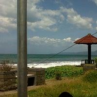 Photo taken at Pantai Pelabuhan Ratu by Pur Wanto C. on 3/3/2013