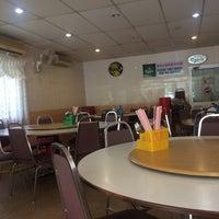 Photo taken at Boon Seng Restaurant by Johnson C. on 7/21/2016