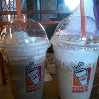 Photo taken at Dunkin' Donuts by Fada S. on 6/22/2014