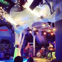 6/24/2013 tarihinde Alexey E.ziyaretçi tarafından Ibiza Beach Club'de çekilen fotoğraf