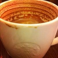 Photo prise au Starbucks par Muhamad ulun S. le12/19/2012