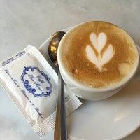 Foto tomada en Caffe San Marco por Marcela P. el 11/22/2015