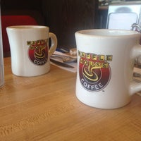 Photo taken at Waffle House by Joy M. on 3/30/2014