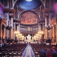 Foto tirada no(a) Igreja de la Madeleine por Leo D. em 5/17/2013