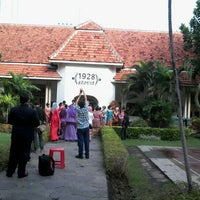 Photo taken at Fakultas Kedokteran Gigi by jund h. on 5/1/2013