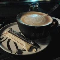 Photo taken at Black Canyon Coffee by Erlangga 9. on 7/29/2013