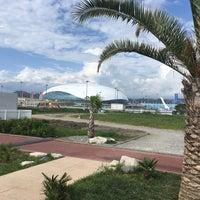 Снимок сделан в Пляж Олимпийского парка пользователем Maybeangry 6/10/2017